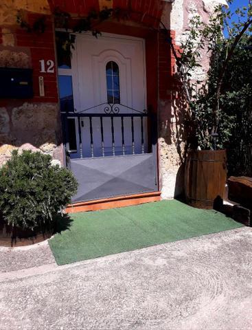 Casa adosada en Venta en Calle De Arriba,  de Quin