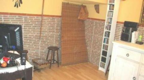 Foto 4 de Casa adosada en venta en Calle Cruces, 3i Corpa, Madrid