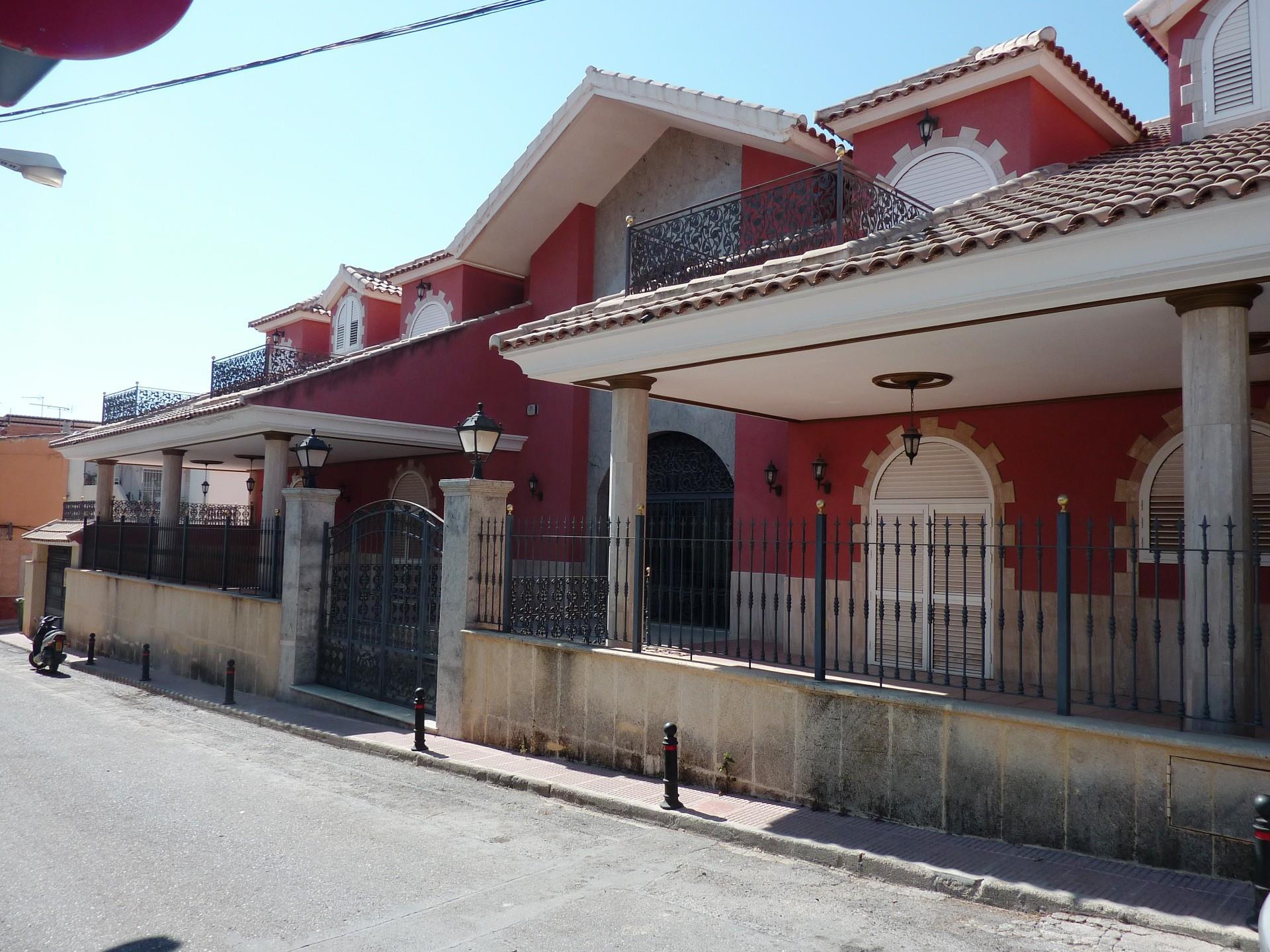 Casa adosada  Calle de la monja. Totana / calle de la monja