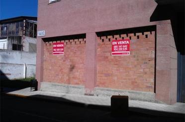 Premises for sale in Barrio Bajo