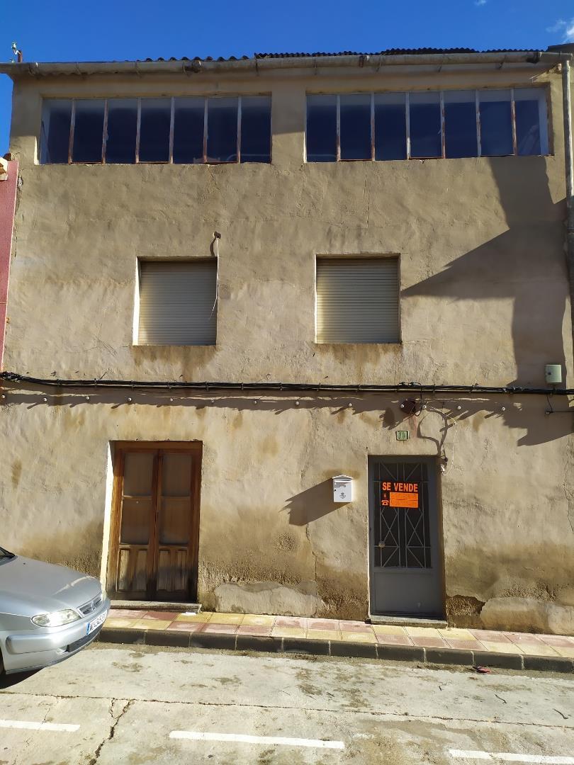 Casa adosada  Calle miguel de cervantes. Bullas / calle miguel de cervantes