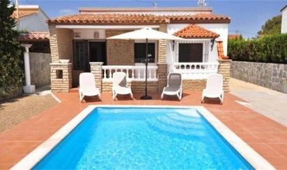 Casa o chalet de alquiler en Plaza C/ Gaudi, Mont-roig del Camp pueblo