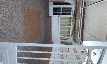 Casa adosada de alquiler en Avenida España, Mil Palmeras