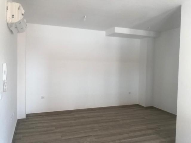 Apartamento en Alquiler en Calle Hernán Cortés,  d