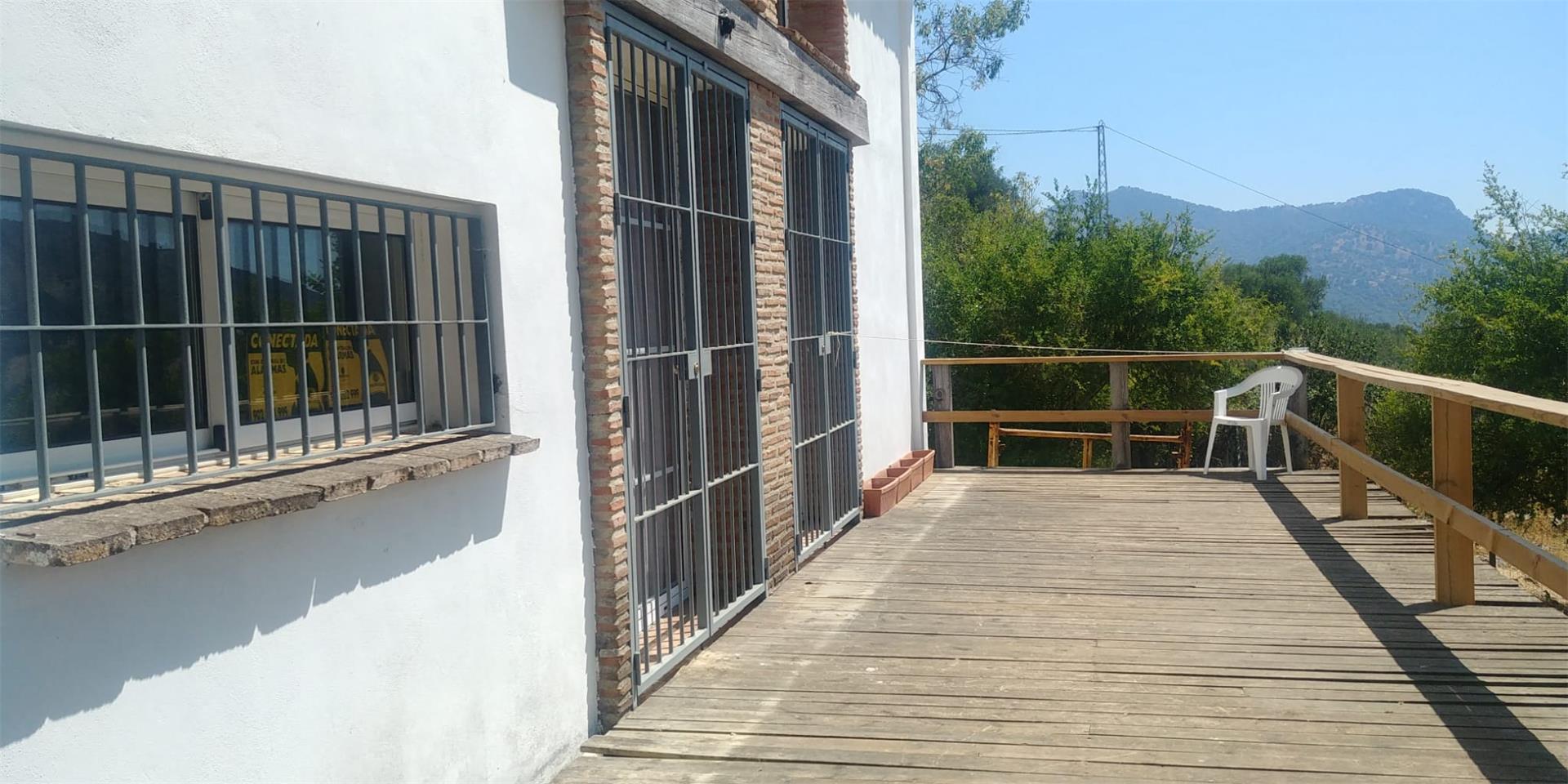 Finca rústica de alquiler en A-369 Algatocín (Ronda, Málaga)