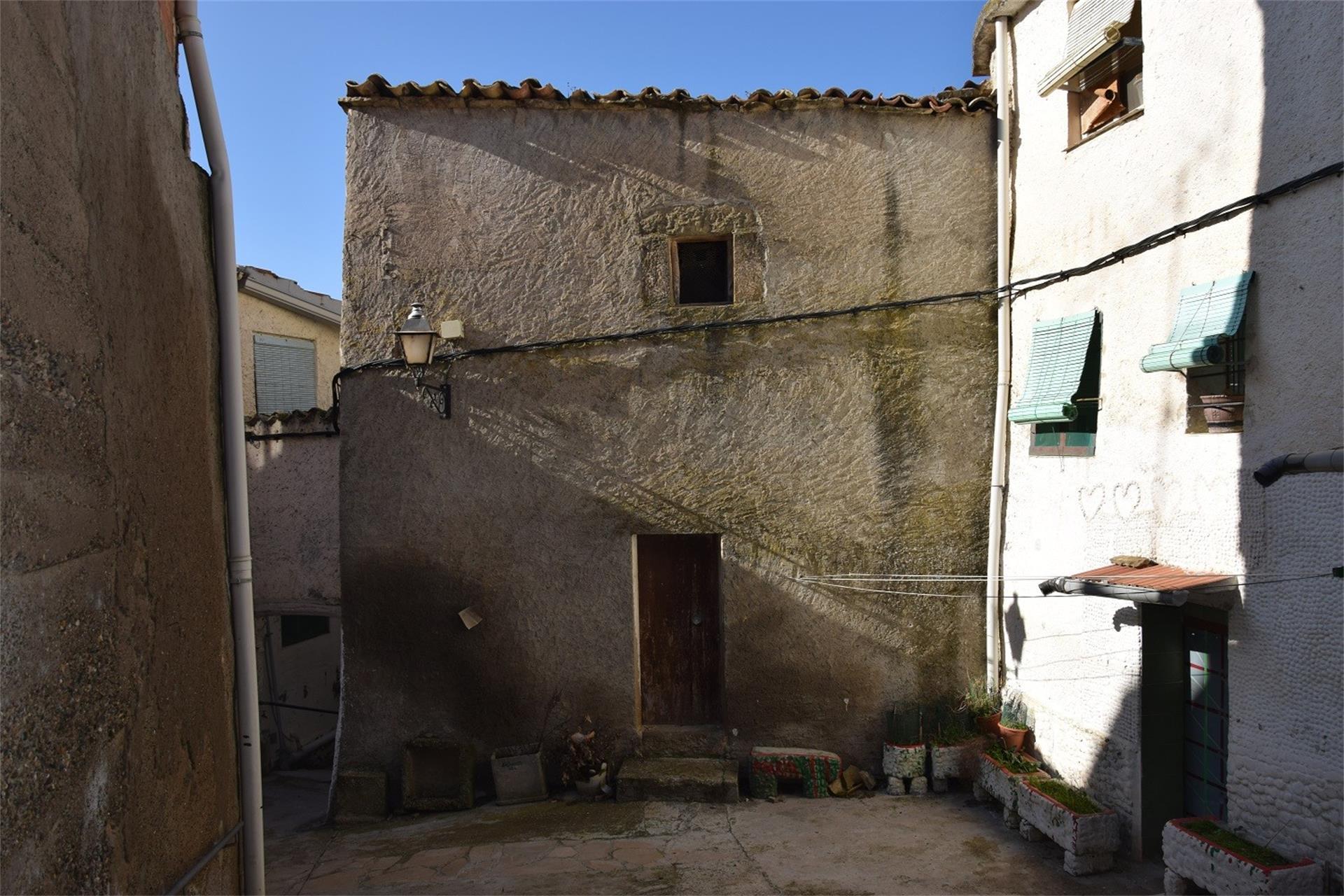 Casa adosada  Lv-5121. Artesa de segre / lv-5121
