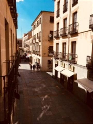 Piso en Alquiler en Calle Reyes Católicos de Ávila