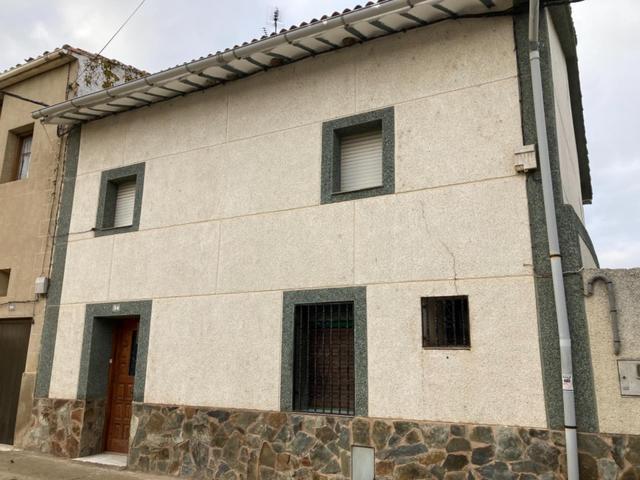 Casa adosada en Venta en Calle Real,  de Herraméll