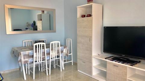 Foto 3 de Apartamento de alquiler en Avenida Papa Luna E Ochenta y Cinco Playa Norte, Castellón