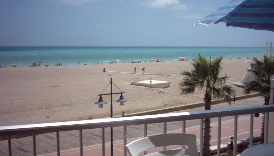 Foto 1 de Apartamento de alquiler en Avenida Papa Luna E Ochenta y Cinco Playa Norte, Castellón