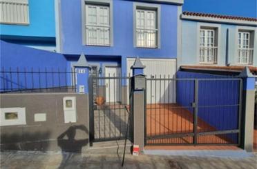 Casa adosada de alquiler en Calle Almagre, Guía de Isora