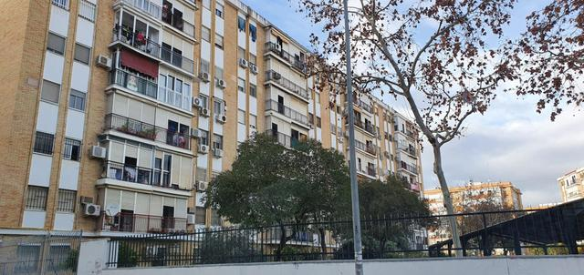 Piso en Alquiler en Calle Verano de  Sevilla Capit