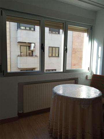 Apartamento en Alquiler en Calle Isidro Segovia de