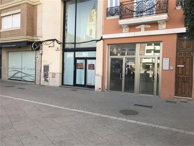 Local comercial en Alquiler en Calle Plaza de Pobl