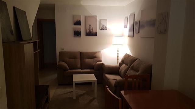 Apartamento en Alquiler en Calle De Camilo José Ce