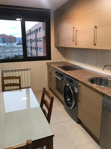 Apartamento en Alquiler en Avenida De Burgos,  de