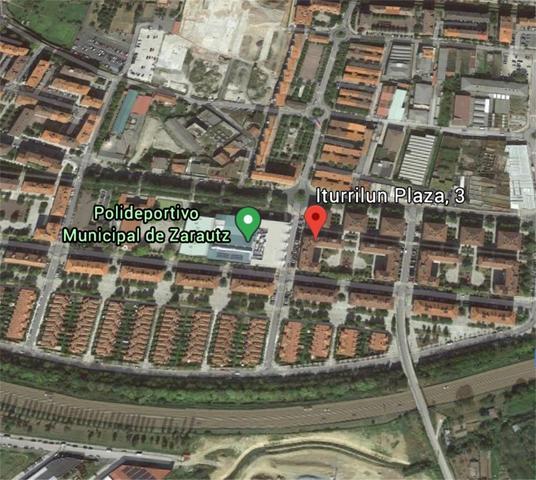 Piso en Alquiler en Plaza Iturrilun, 3 de Zarautz,