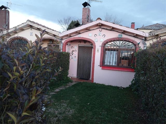 Casa adosada en Venta en Calle Cayuela,  de Villal