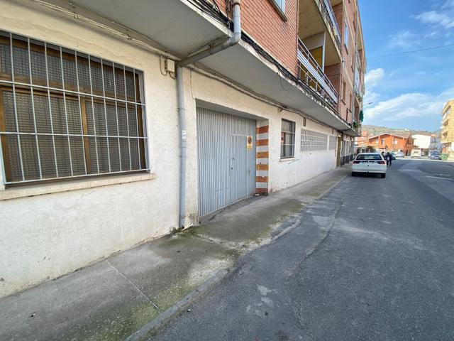 Garaje en Venta en Calle Mesones de El Tiemblo , G