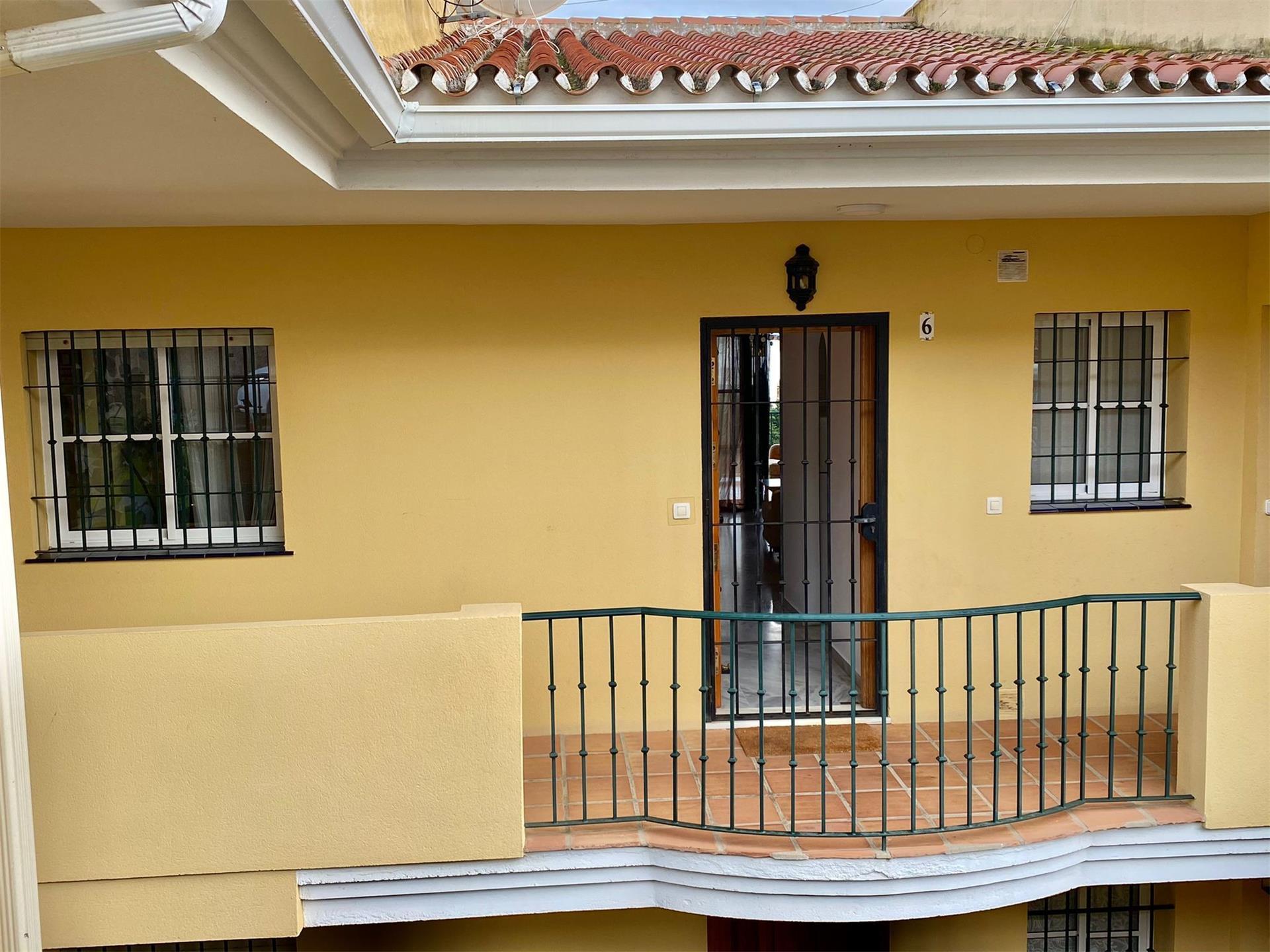 Piso de alquiler en Calle de Mijas de el Faro, 271 El Faro de Calaburra - Chaparral (Mijas, Málaga)