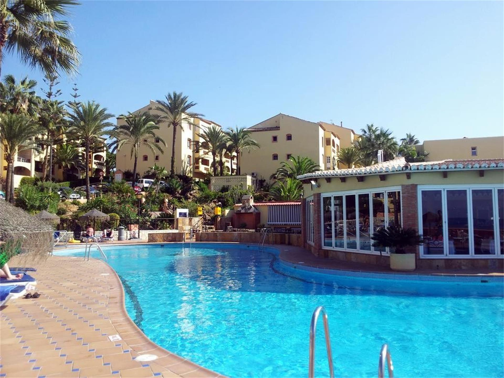 Apartamento de alquiler en Urbanizacion Dona Lola Calahonda (Mijas, Málaga)