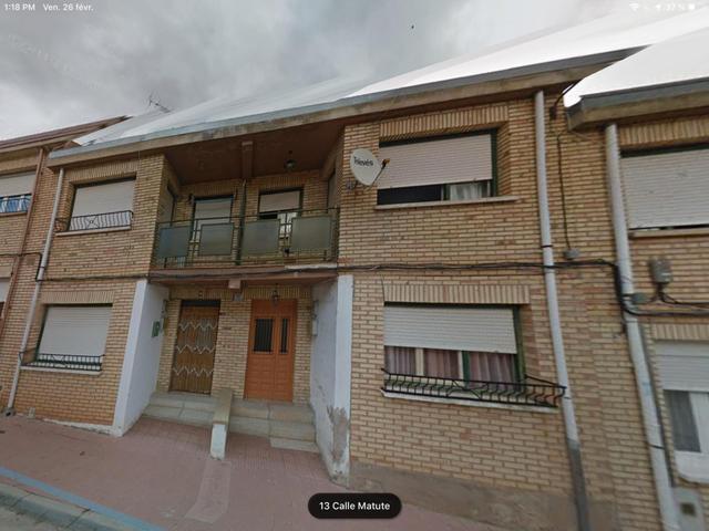Casa adosada en Venta en Calle Matute de Baños de