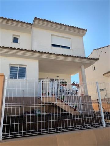 Casa adosada en Alquiler en Plaza Riu Verd de Mont