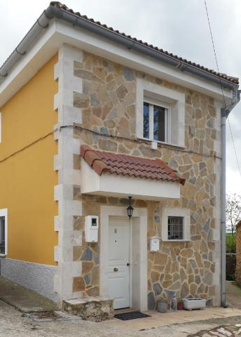Casa adosada en Venta en Calle Nueva de Pradales,