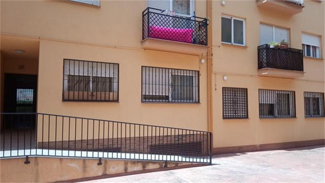 Apartamento en Venta en Calle Tarifa de Las Gabias