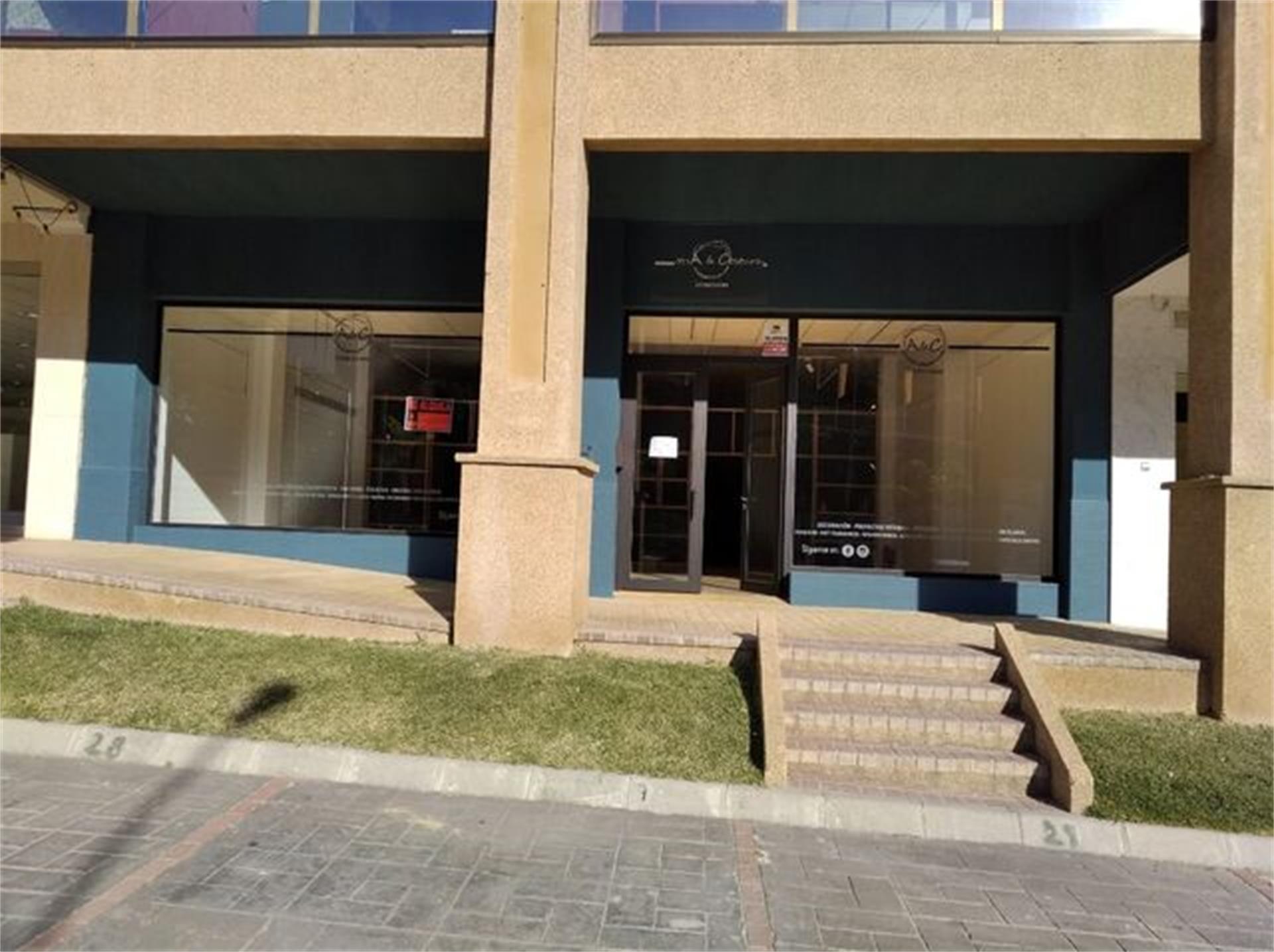 Local de alquiler en Plaza Calle Guadalhorce Coín (Coín, Málaga)