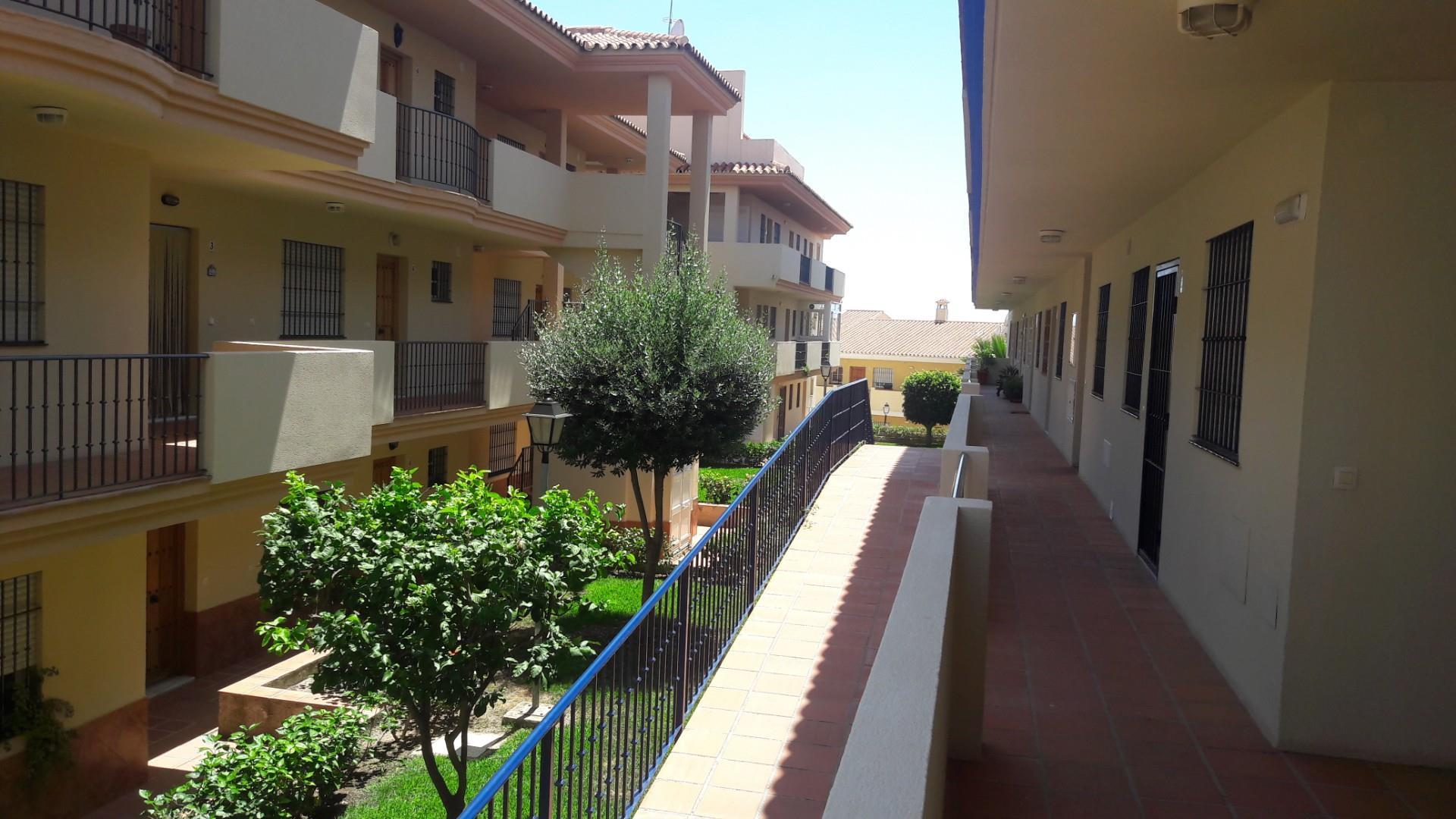 Piso de alquiler en Calle de Mijas de el Faro, 277 El Faro de Calaburra - Chaparral (Mijas, Málaga)