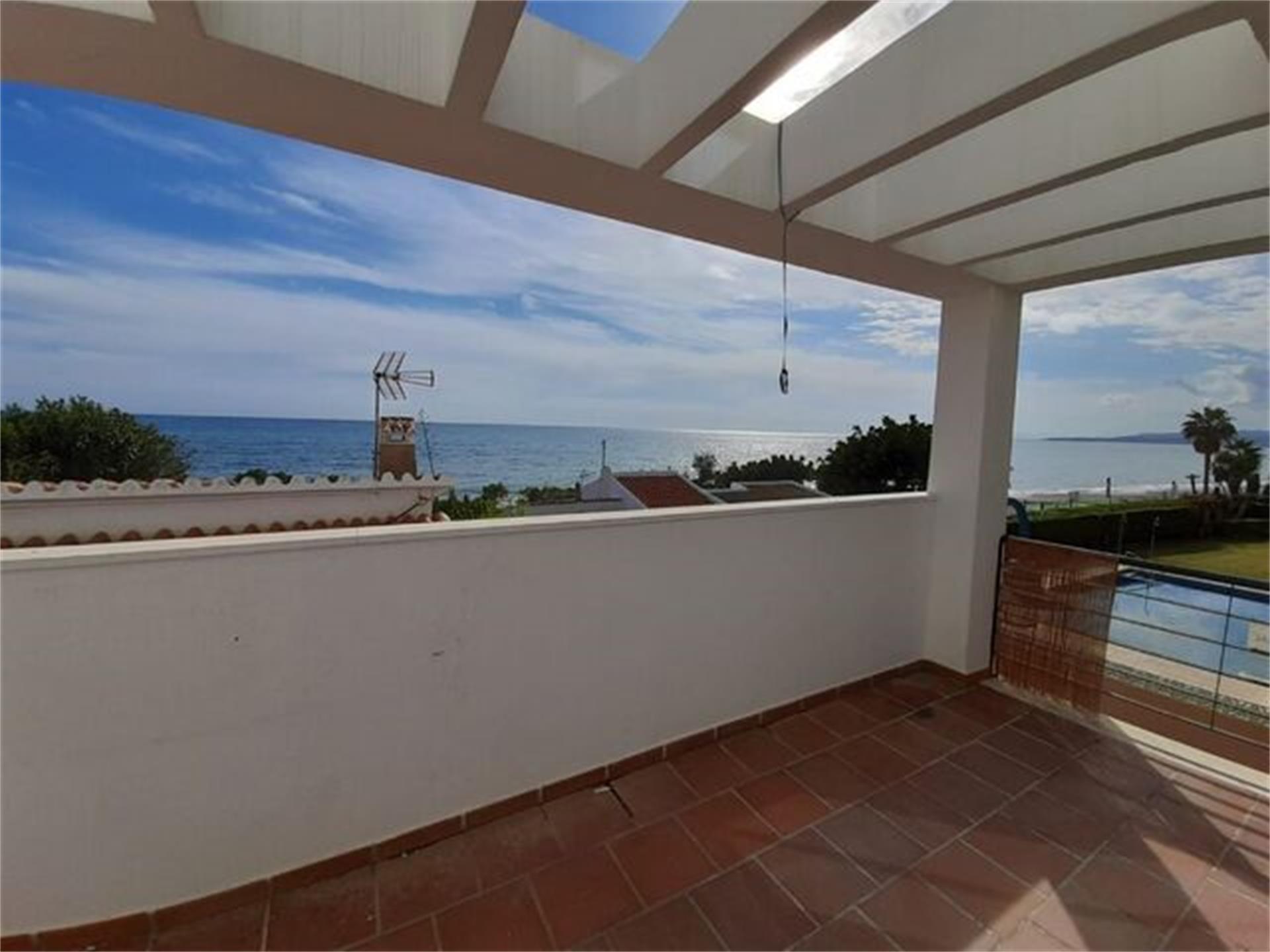Apartamento de alquiler en Plaza Ctra de Almeria Urbanización Santa Rosa (Torrox, Málaga)