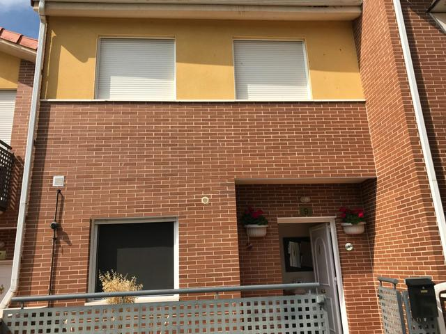 Casa adosada en Venta en Barrio Bodegas, 9 de Ales