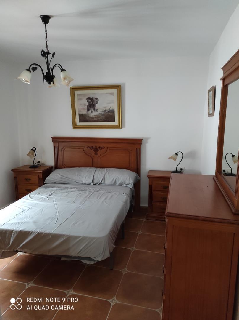Casa adosada de alquiler en Calle Los Cortijillos Alcaucín (Alcaucín, Málaga)