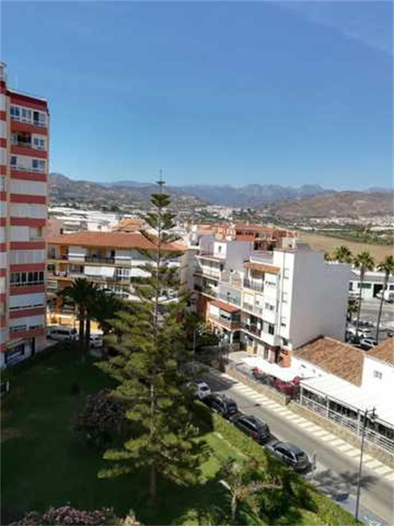Piso de alquiler en Plaza Avenida García Peñalver Centro Internacional (Torrox, Málaga)