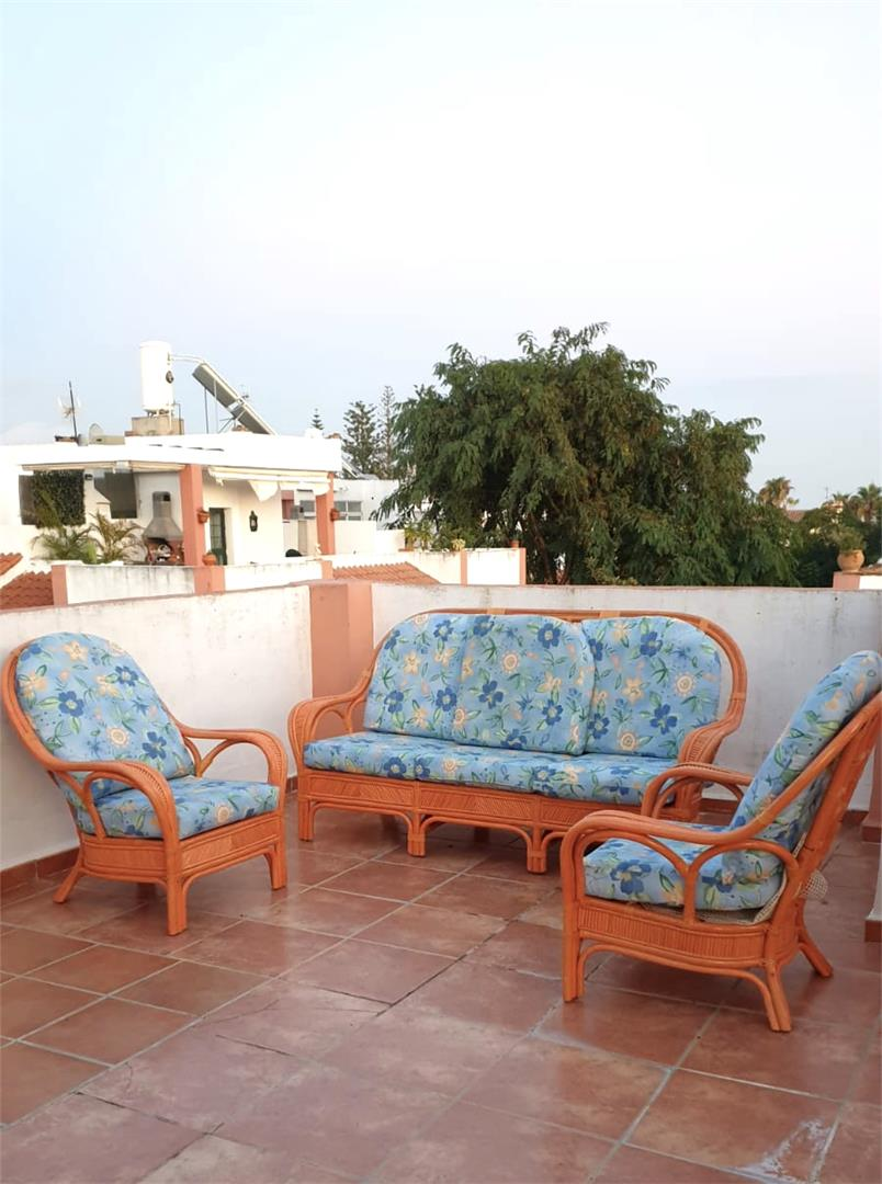 Casa adosada de alquiler en Calle Yelmo Bel Air - Cancelada - Saladillo (Bel-Air, Málaga)