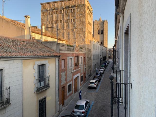 Piso en Alquiler en Calle Tostado de Ávila Capital