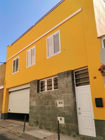 Casa adosada en Alquiler en Calle Juan Silvestre d