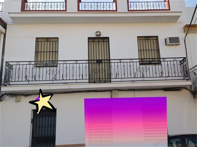 Chalet en Venta en Calle Segovia de Dos Hermanas c