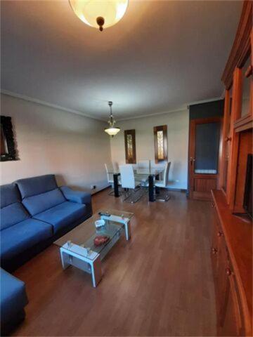 Apartamento en Alquiler en Plaza La Tejera de Vill