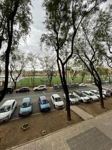 Piso en Venta en Plaza De La Malagueta,  de  Sevil