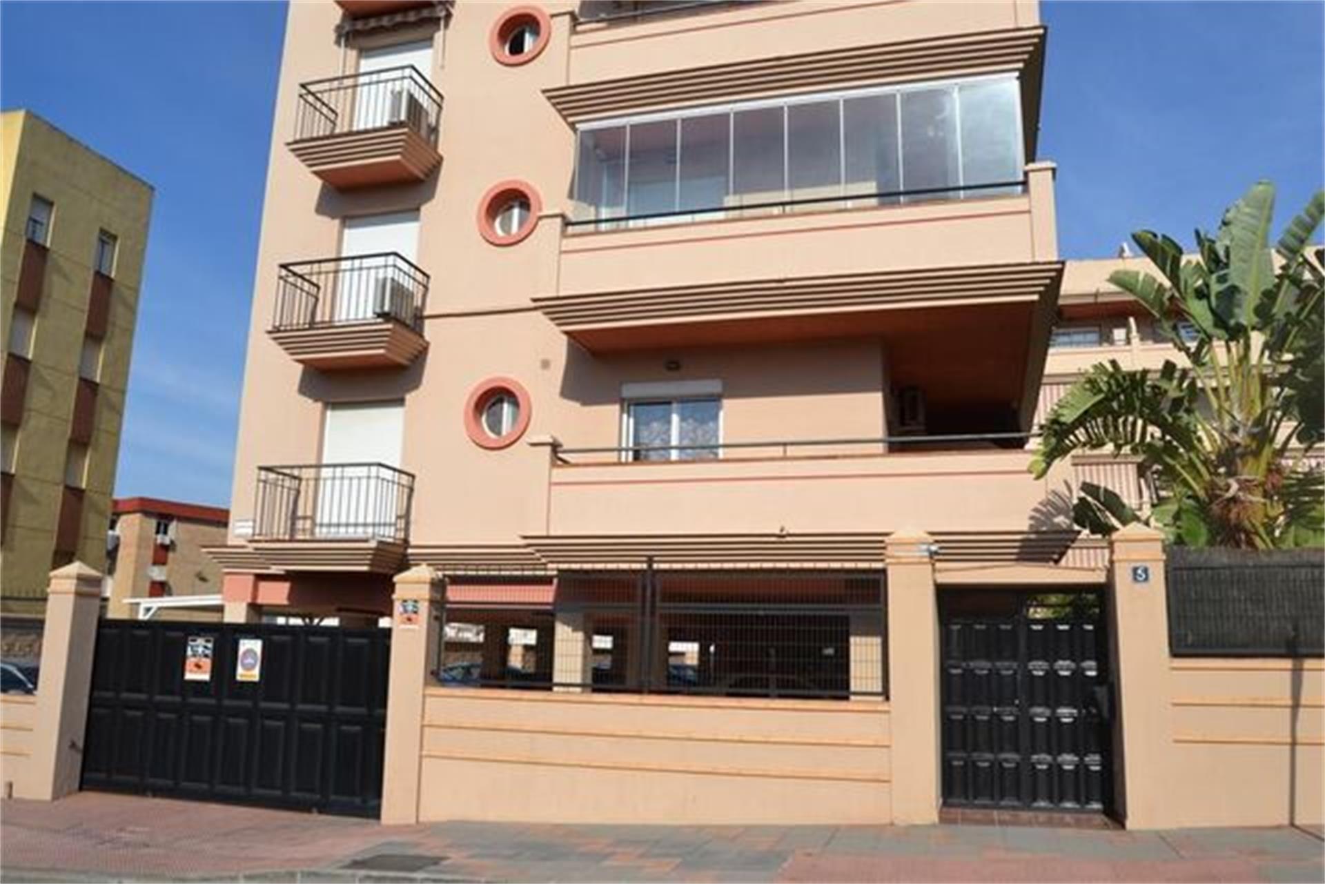 Piso de alquiler en Plaza Camino Molino de Viento Centro (Las Lagunas de Mijas, Málaga)