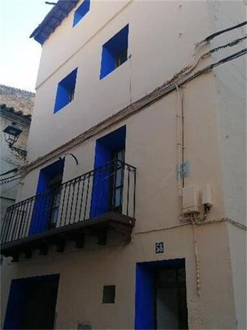 Chalet en Alquiler en Plaza Tremedal de Ariño,  Ar