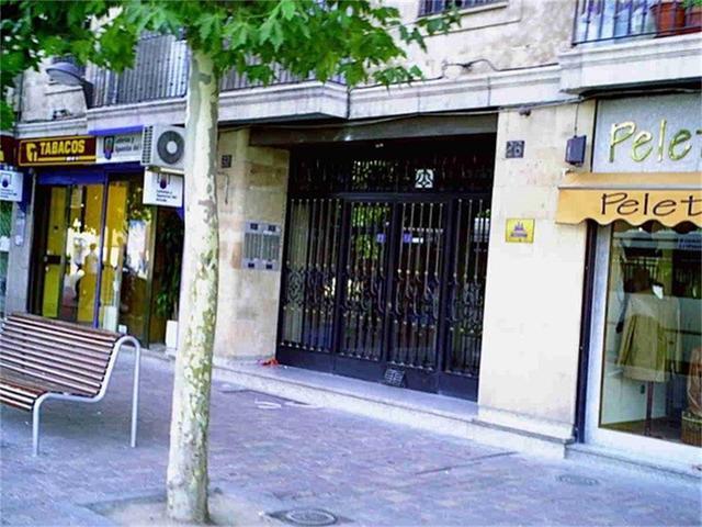 Apartamento en Alquiler en Avenida De Los Reyes De