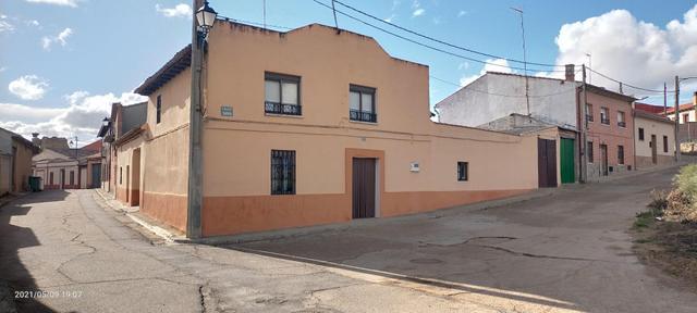 Casa adosada en Venta en Calle Tarifa de Valdunqui