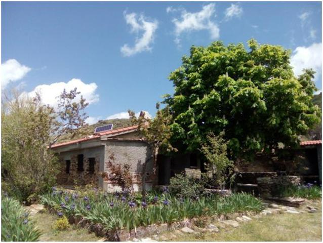 Casa adosada en Venta en Plaza Sierra De Nigüelas
