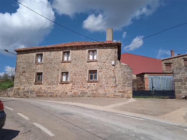 Chalet en Venta en Calle Real de Aguilar de Campoo