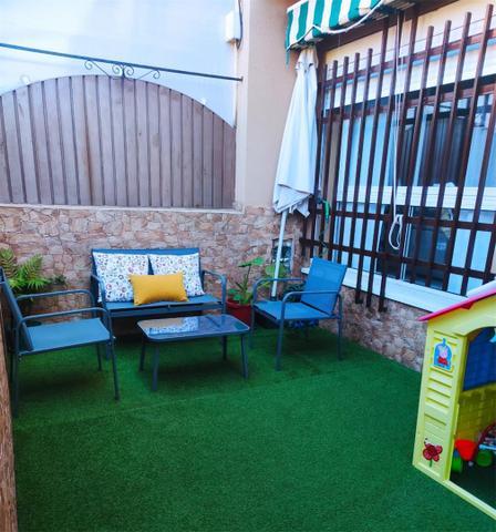 Casa adosada en Venta en Calle Miguel Hernández de