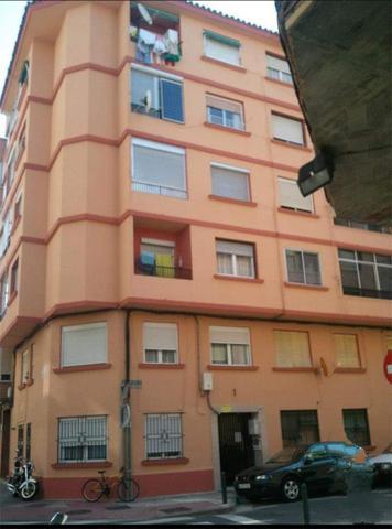 Piso en Venta en Calle Hilarión Eslava, 1 de  Zara