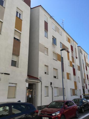 Piso en Venta en Calle Pinzones de Valladolid Capi